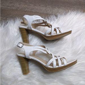 New Kohls So Size 6.5 White Sling Back Heel Heel